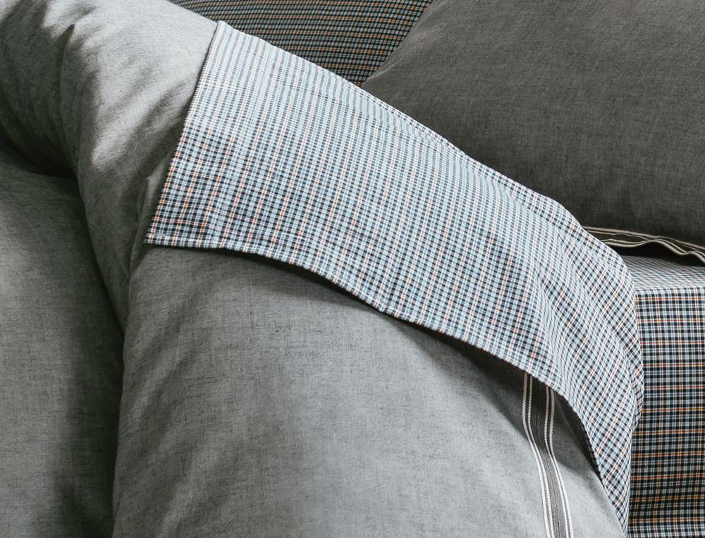 Linge de lit en gris majeur linvosges - Drap housse linvosges ...