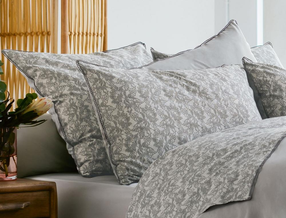 housse de couette 1 ou 2 personnes nuit bruges linvosges. Black Bedroom Furniture Sets. Home Design Ideas