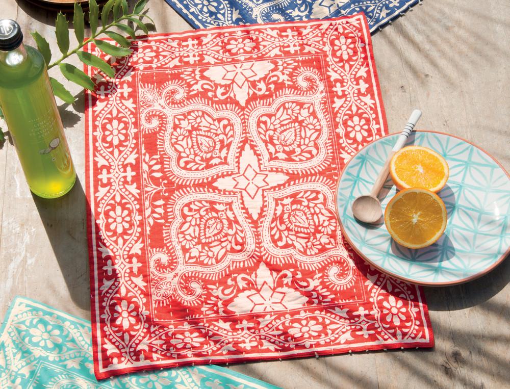 linge de table imprim douceur des cara bes linvosges. Black Bedroom Furniture Sets. Home Design Ideas