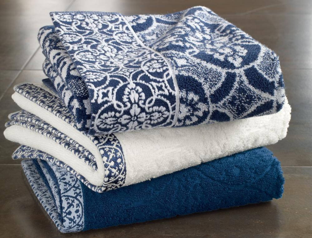 linge de toilette les bleus de n mes linvosges. Black Bedroom Furniture Sets. Home Design Ideas