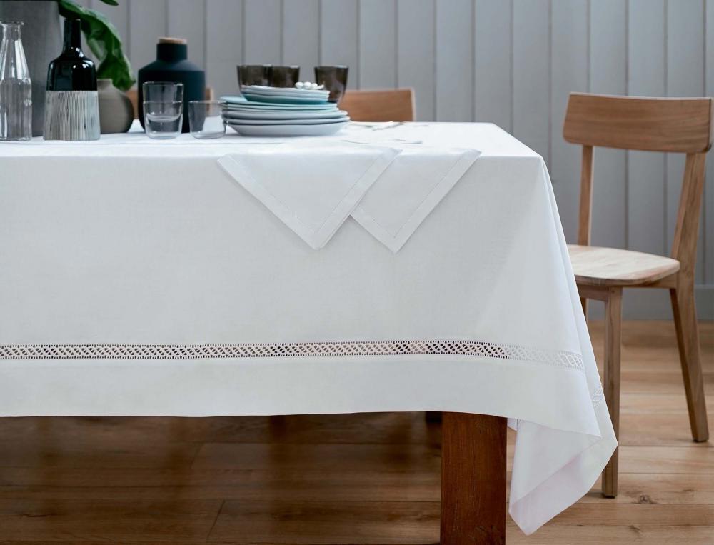 nappe chantilly linvosges. Black Bedroom Furniture Sets. Home Design Ideas
