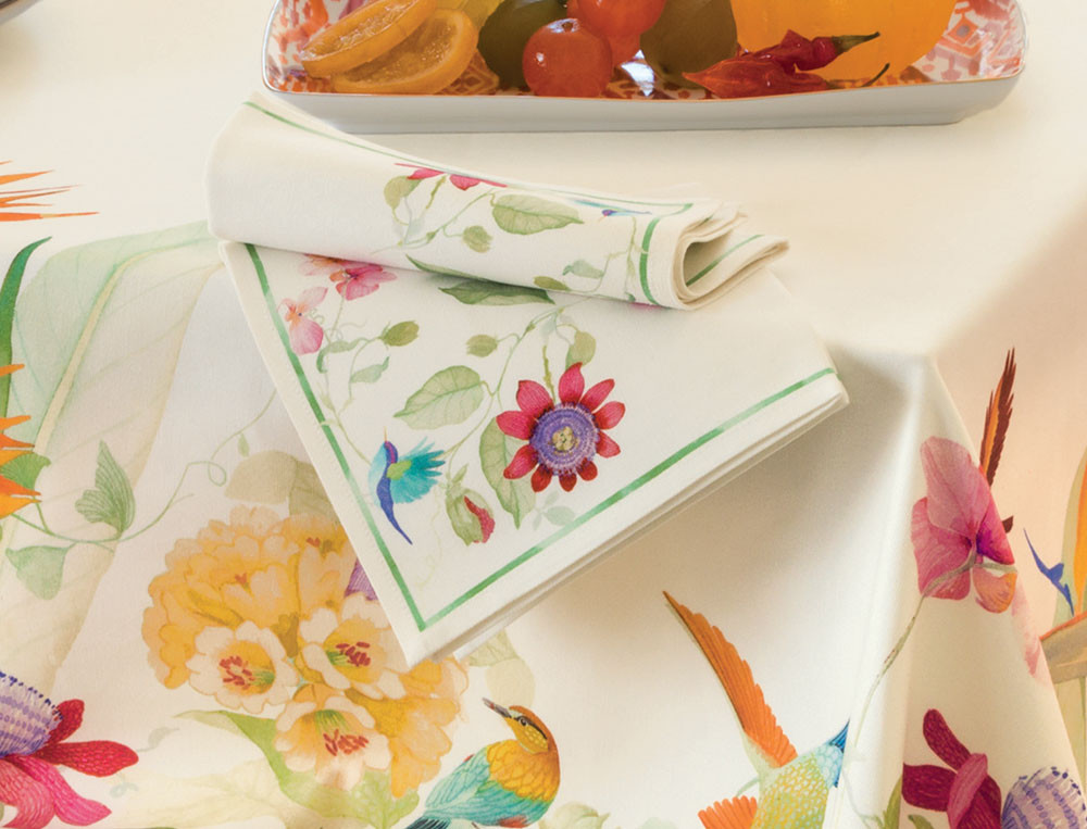 nappe fantaisie fleurs de paradis linvosges. Black Bedroom Furniture Sets. Home Design Ideas