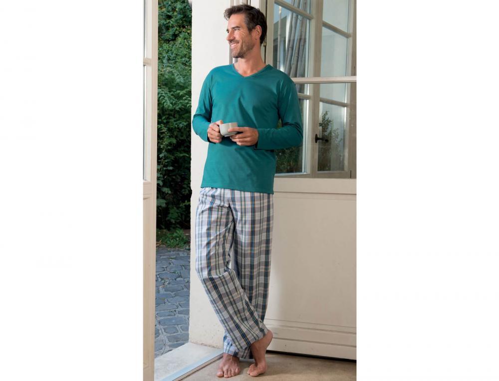 Pyjama homme au diapason linvosges for Vetement d interieur homme