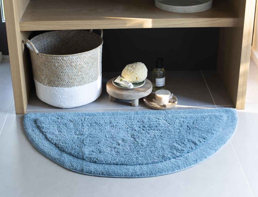 tapis de bain bath demi lune linvosges. Black Bedroom Furniture Sets. Home Design Ideas